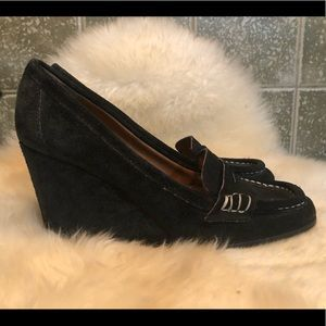 KORS Michael KORS 🖤 Suede Wedge Penny Loafers